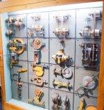 gablota z narzędziami